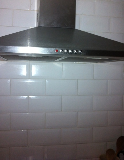 The top section of the cooker hood was missing for 15 months - it took 20 minutes to cut and fit.