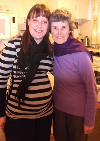 A rather pregnant looking Becksie with Aunty Anne